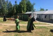 Молебен в честь возведения храма Жён-Мироносиц!