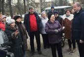 Андрей Дунаев встретился с жителями военного городка в деревне Рычково