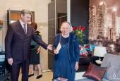 Труженика тыла, ветерана труда поздравил с юбилейной датой и.о. главы администрации городского округа Истра И.Л. Прудников.