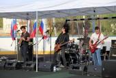 1 июля на стадионе поселка Агрогородок прошел День молодежи, в завершении которого была устроена пенная вечеринка