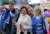 Праздничное шествие, посвященное 77-летию Дедовска, собрало представителей 36-ти городских предприятий, учреждений и организаций